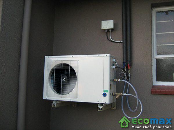may bom nhiet nuoc nong heat pump KF140 X 11