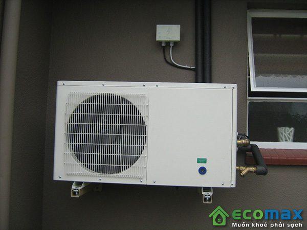 may bom nhiet nuoc nong heat pump KF140 X 7