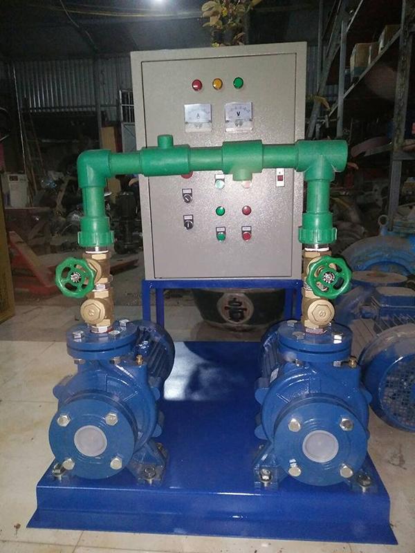Hệ thống máy bơm nước nóng nóng